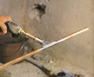 Soudage à la lampe de tuyaux